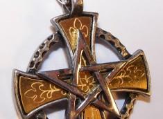 magic-cross-pendant-by-alchemy-gothic-3788-p